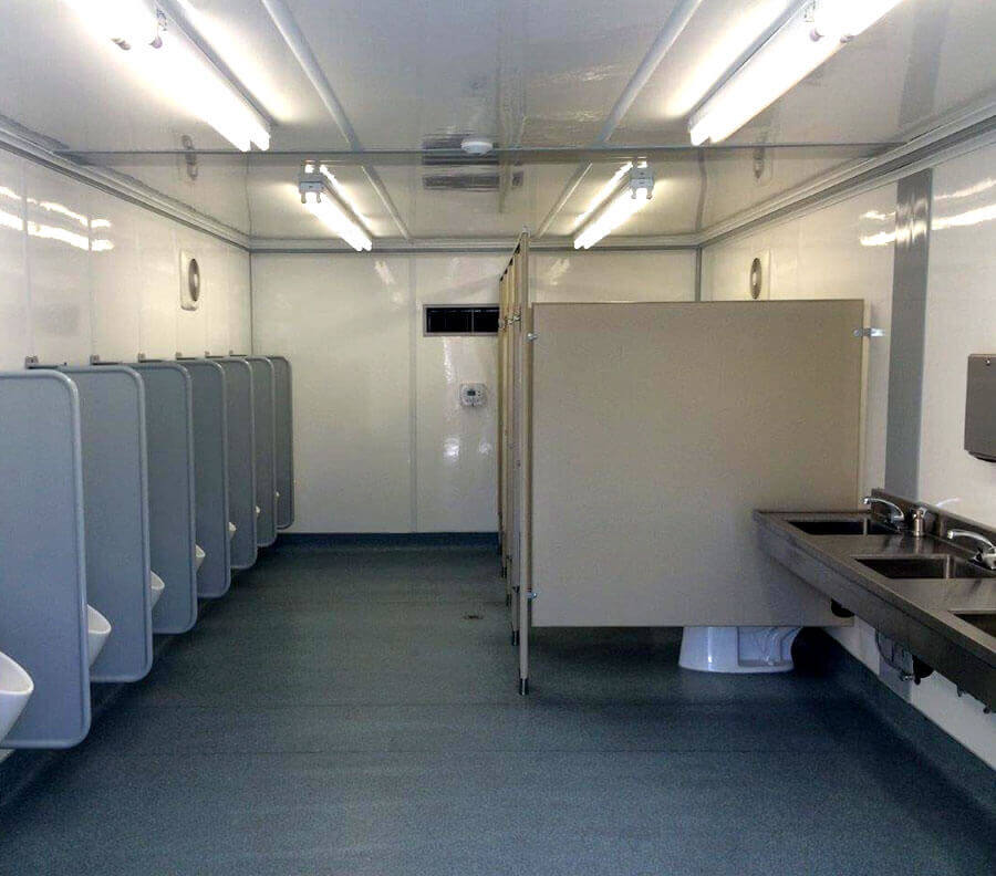 Xtreme Cube restrooms can incorporate a range of hardware including stalls, partitions, urinals and wash basins.